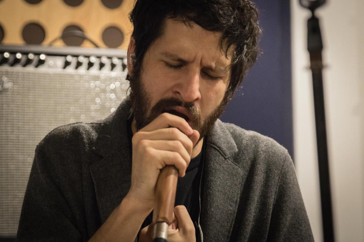 Cover Story: Javier Arce, música sin plan pero con sentimiento.