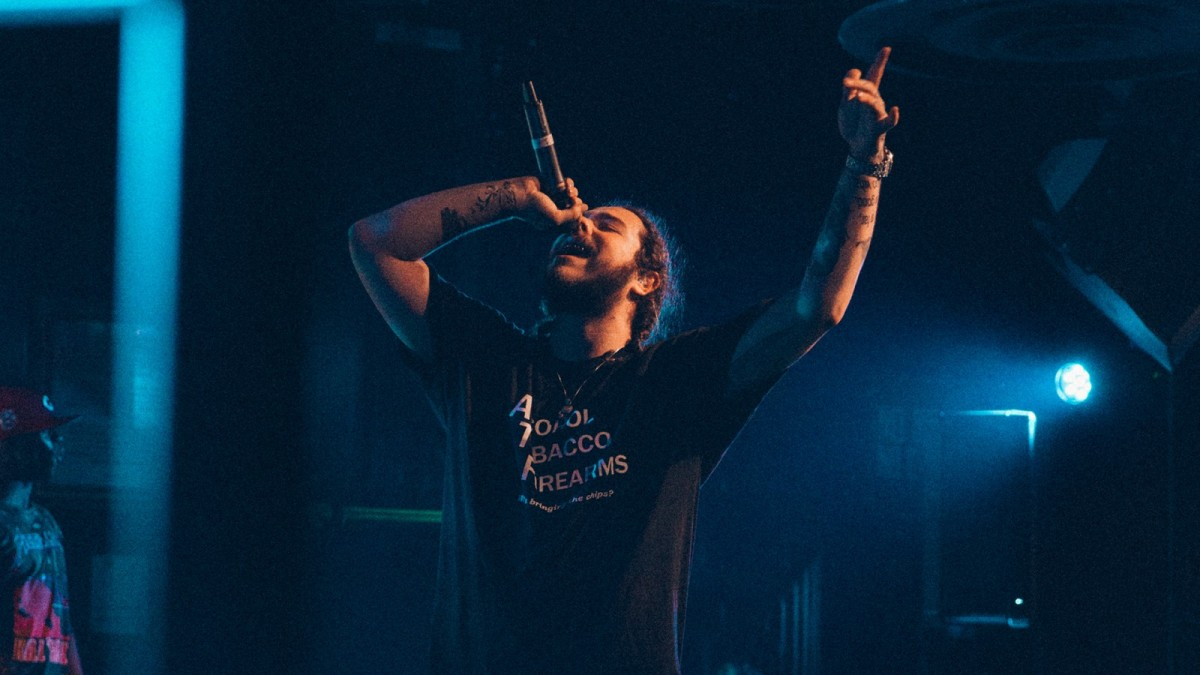 "Review: Post Malone | ""beerbongs & bentleys"""